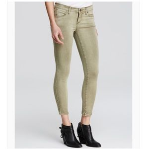 FREE PEOPLE Roller Crop Jeans! Army Green. Size 31